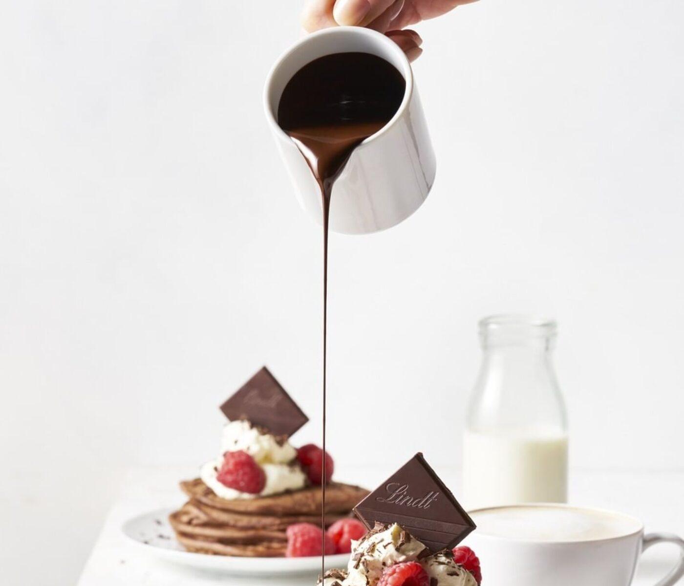 Lindt – Panqueques con Salsa de Chocolate Lindt